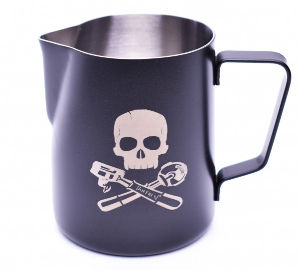 6_mk06xp_milk_pitcher_skull_bones.jpg